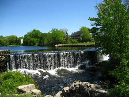 Wyoming, RI: Waterfall
