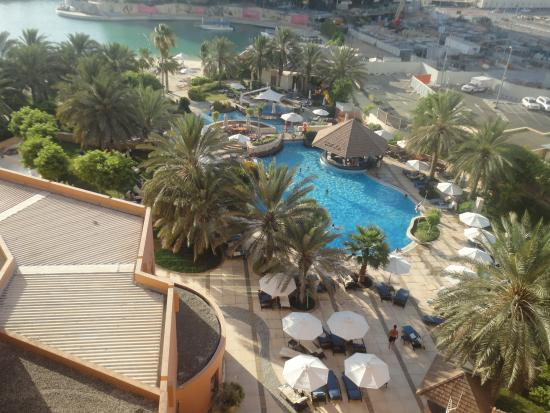 Pool View Picture Of Sheraton Abu Dhabi Hotel Resort Abu Dhabi Tripadvisor