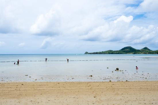 干潮時は遊べない - Picture of Sukuji Beach, Ishigaki-jima ...