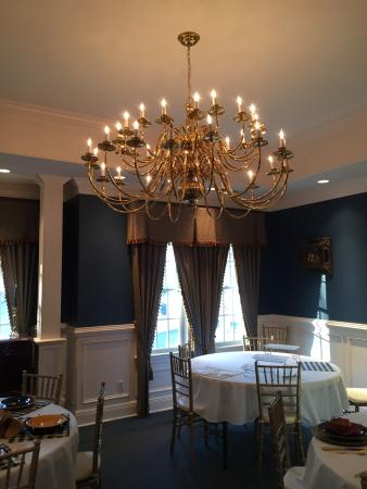 Lake Manor Bed & Breakfast