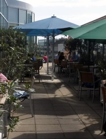 Dachterrasse Restaurant Oben Bild Von Oben Kuche Und Bar Wien