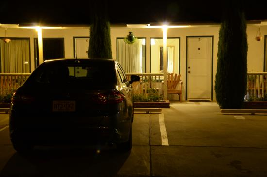 Ray's Den Motel (4)