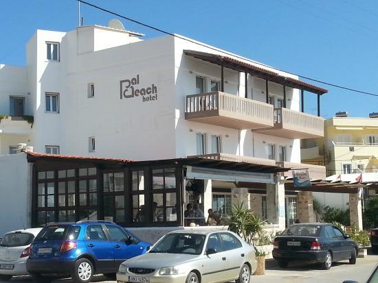 Hotel Pal Beach: Hotellfront