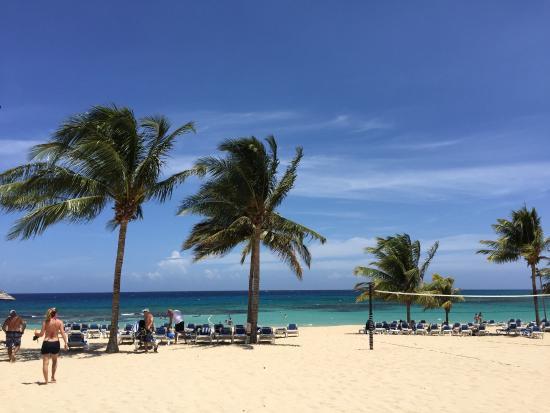 Jewel Runaway Bay Beach Golf Resort The Beautiful Of