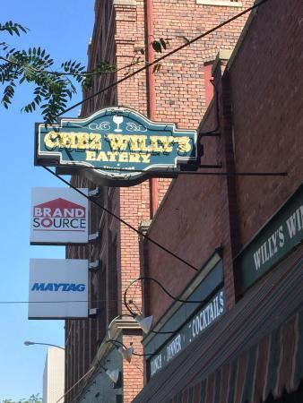 Chez Willy S Restaurant Galesburg Il