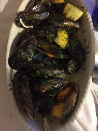 Pognana Lario, Italia: Antipasta van vis en lekkere patat