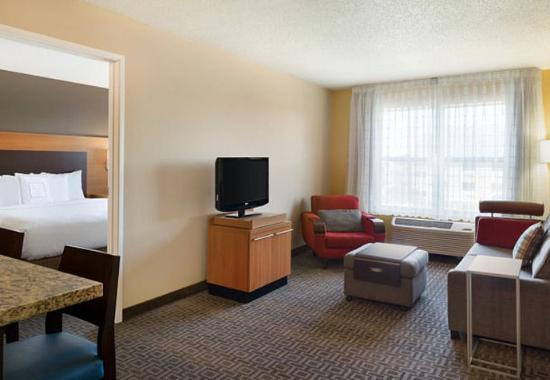 suite sleeping area picture of towneplace suites chicago