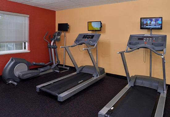TownePlace Suites Sacramento Cal Expo: Fitness Center
