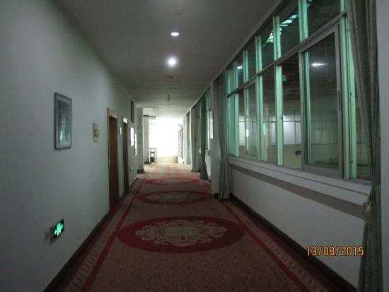 金銮湾大酒店