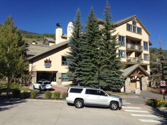 entrance picture of the osprey at beaver creek a rockresort rh tripadvisor com