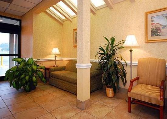 Kinderlou Inn: Lobby