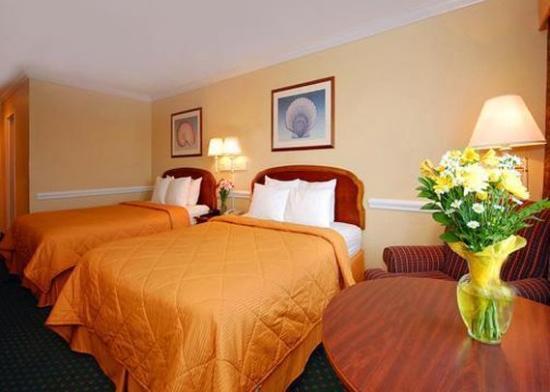 Kinderlou Inn: Guest Room