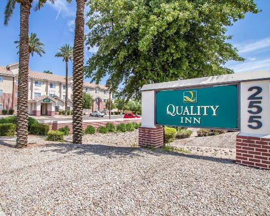 Quality Inn Chandler: Exterior