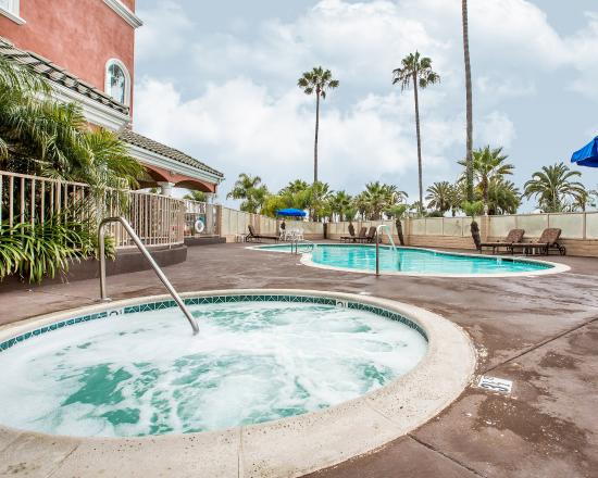 Comfort Suites Oceanside Marina: Pool