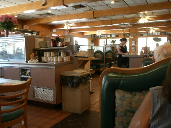 Milford Diner & Restaurant: Inside of restaurant
