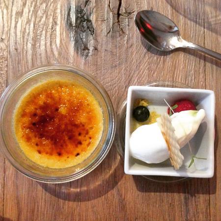 Coast Restaurant & Weinbar: Crème brûlée von der Holunderblüte