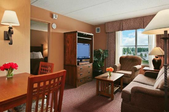 Homewood Suites by Hilton Buffalo-Amherst: Two-Room Suite
