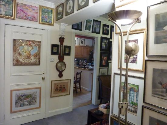 Gerald's Place: Interior