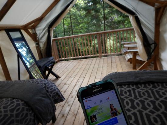 Severn Bridge, Canada: Inside view of intimate suite