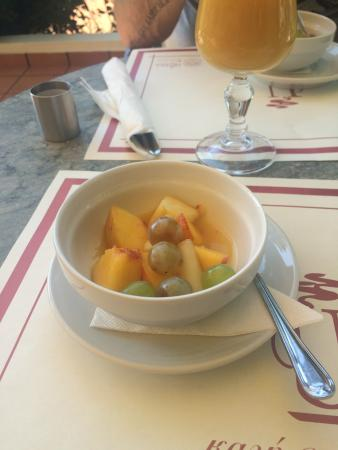 Muses Cafe Bar : Complimentary Fruit Salad before or after breakfast