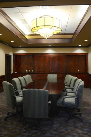 Staunton, VA: Shenandoah Boardroom