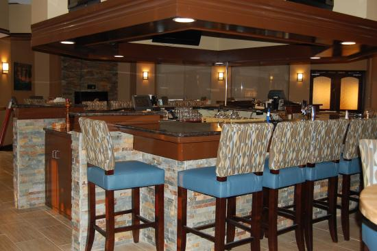 Staunton, VA: Bar and Lounge