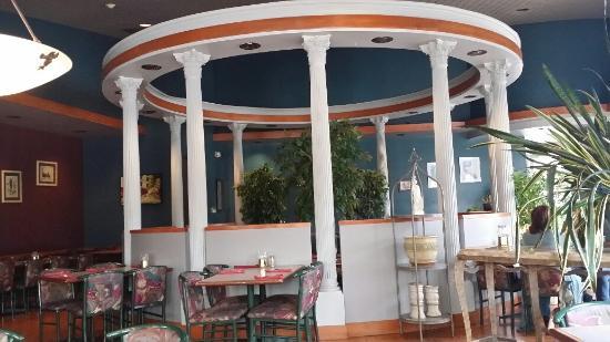 Mykonos Greek Restaurant: Mykonos decor