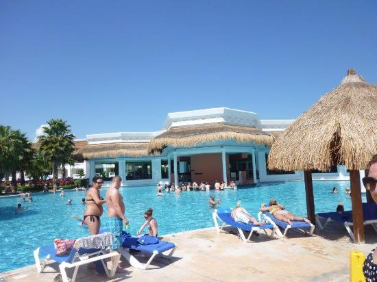 Swim Up Bar Picture Of Grand Sunset Princess All Suites