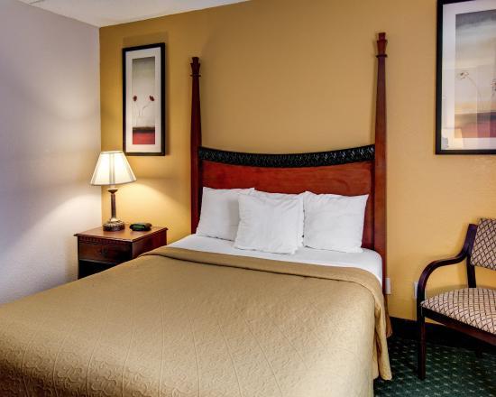 品質套房飯店照片