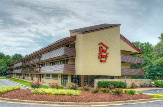 Red Roof Inn Chapel Hill: Exterior