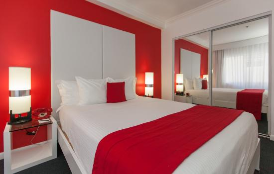 Petite Queen Room Picture Of Red South Beach Hotel