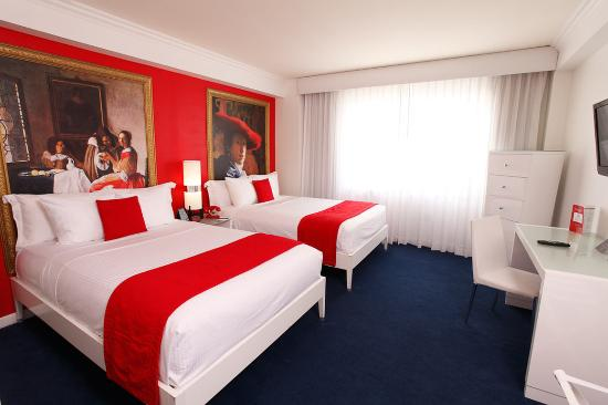 Red South Beach Hotel: Double Room With Two Double Beds Pool View