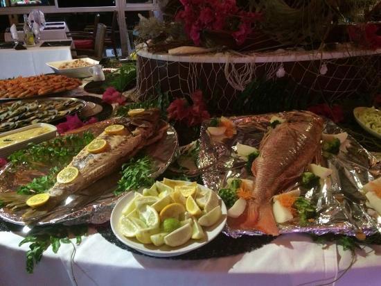 Venison picture of restaurant kou gny ile des pins for Fish 101 menu