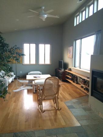 Christopher Joyce Vineyard and Inn: Living Room