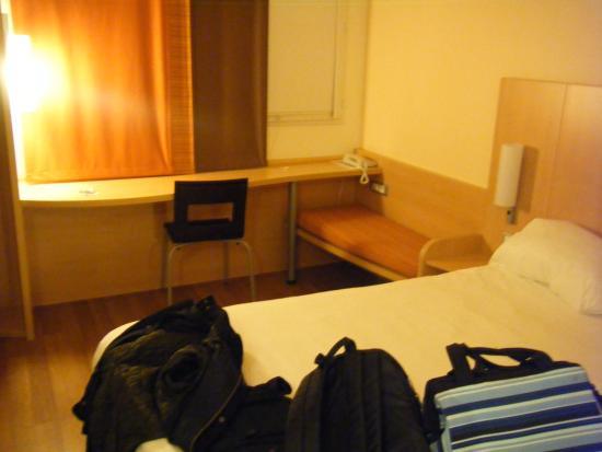 Ibis Albert : room interior