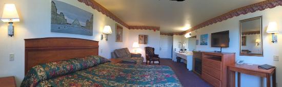 Ocean View Inn & Suites: King Suite