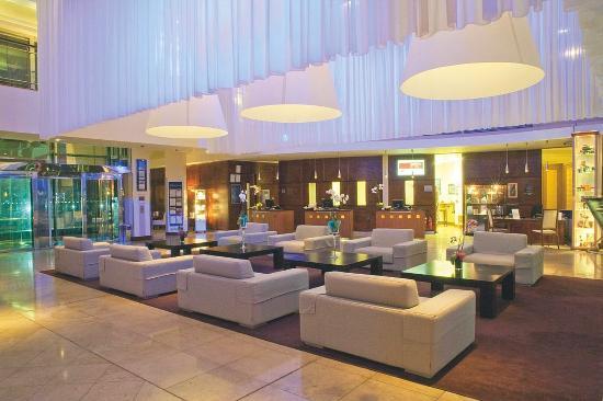 Radisson Blu Hotel & Spa, Galway: Lobby