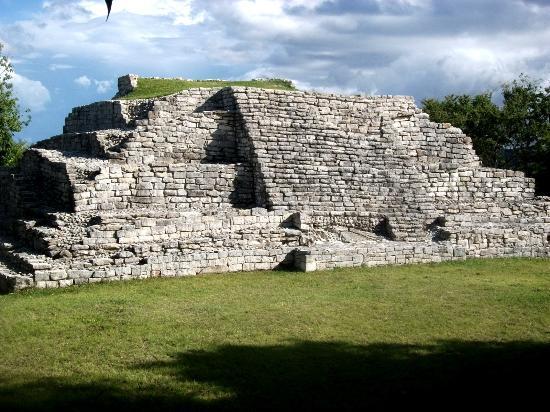 Zona Arqueológica de Junchavin