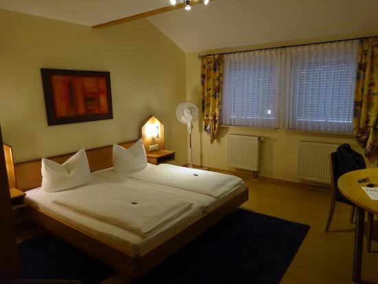 Apartments & Hotel Kurpfalzhof: dormire ad Heidelberg
