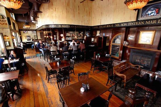 O'Máille's Irish Pub