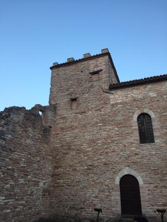Camerino, Italia: CORTE INTERNA