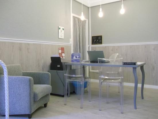 Old Evora Hostel: A recepção