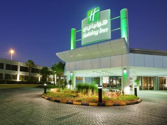 Holiday Inn Riyadh Izdihar : Hotl main entrence night view