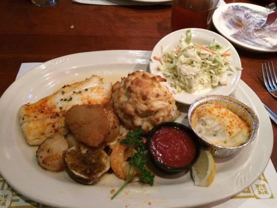 Pappas Restaurant - Parkville: photo1.jpg