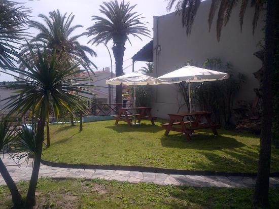 Hostel Del Puerto: jardin