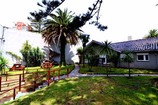 Hostel Del Puerto: vista jardin