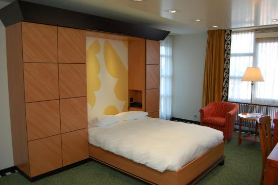 Double Room at Hotel Theater Figi