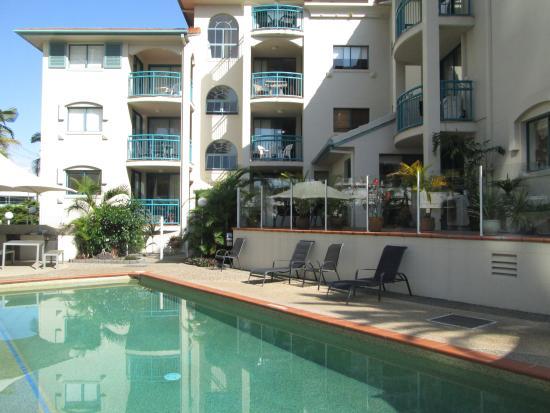 Aruba Surf Resort: Pool and spa