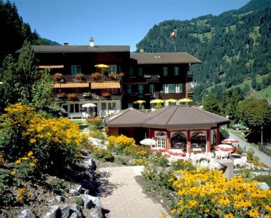 Hotel Silberhorn: Exterior view