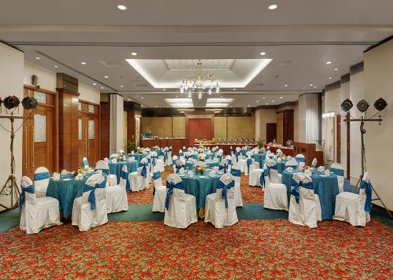 Photo of Hotel Kohinoor Continental Mumbai (Bombay)